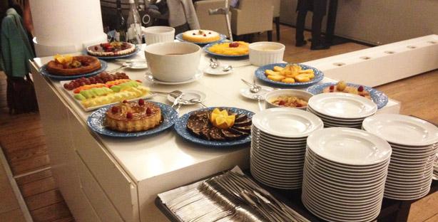 zambeze restaurante moçambicano mouraria lisboa buffet sobremesas