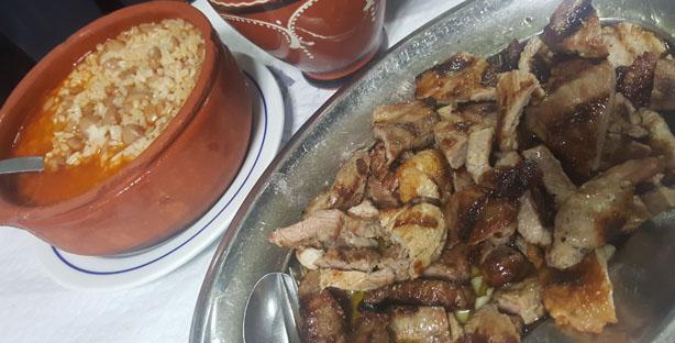 ze manel dos ossos tasca restaurante tipico coimbra arroz de feijao com costeletinhas de porco